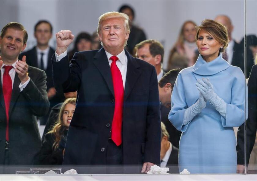 El presidente de EEUU, Donald Trump, junto a la primera dama, Melania Trump. EFE/Archivo