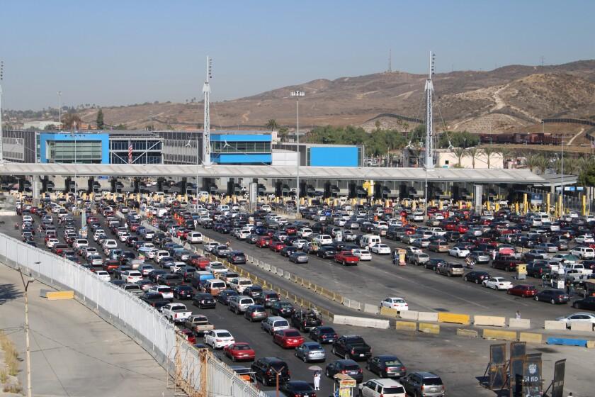 México anuncia que cierre parcial de frontera se extiende hasta ...