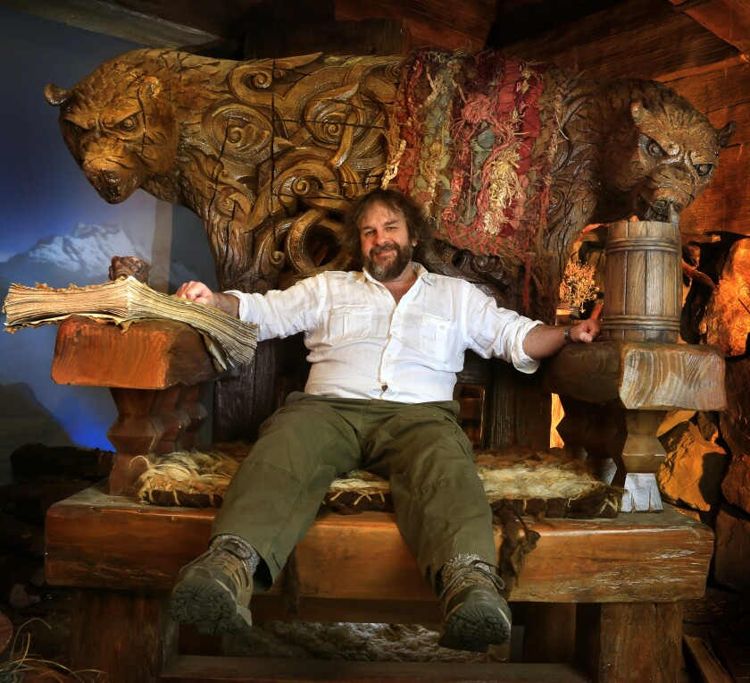 Director Peter Jackson has declared his support for Sean Parker's start-up the Screening Room.