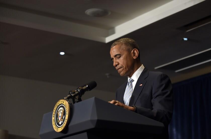 El presidente Barack Obama formula declaraciones al llegar a Varsovia el 8 de julio del 2016. (AP Photo/Susan Walsh)