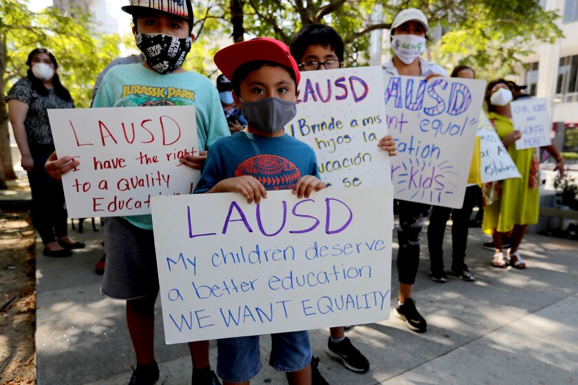 Parents sue LAUSD, blasting its online learning as an 'educational crisis'