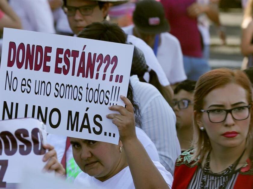 La Procuraduría de Justicia del estado de Hidalgo (PGJEH), centro de México, informó hoy que investiga la desaparición de 12 personas ocurrida el 3 de septiembre pasado entre los municipios de Ixmiquilpan y Huichapan. EFE/ARCHIVO