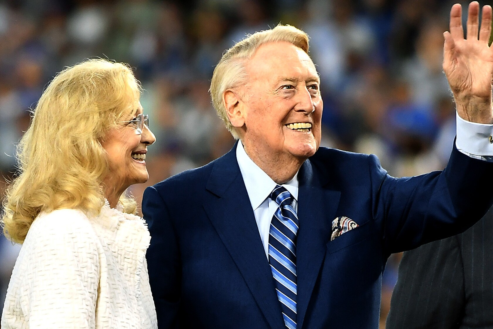 Timeline of Vin Scully's life/career, for 9/25 - Los Angeles