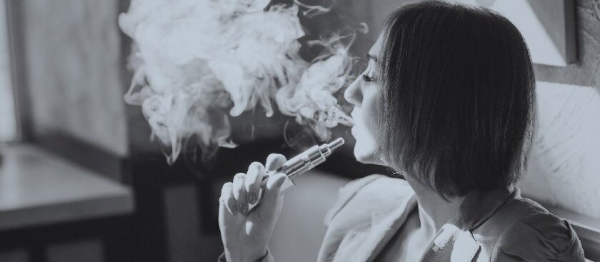 A report from the UK's Royal College of Physicians has endorsed the use of e-cigarettes to quit smoking.