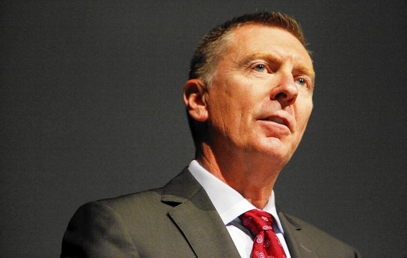 "L.A. schools Supt. John Deasy, under scrutiny over dealings with Apple and Pearson, said in a memo that ""no violations of any legal requirements took place."""