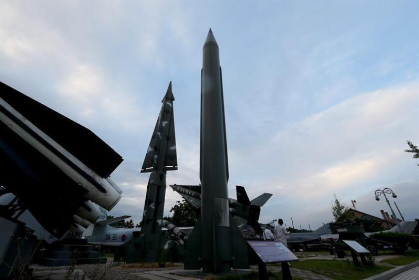 El Comando Estratégico (USSTRATCOM, siglas en inglés) confirmó el lanzamiento hoy de un misil balístico desde un submarino norcoreano que cayó en el mar del Japón.