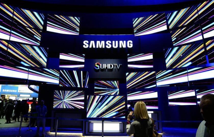 Televisores Samsung SUHD se exhiben durante la inauguración de la Feria Electrónica de consumo CES en Las Vegas, Estados Unidos, el martes 6 de enero de 2015. EFE/Archivo