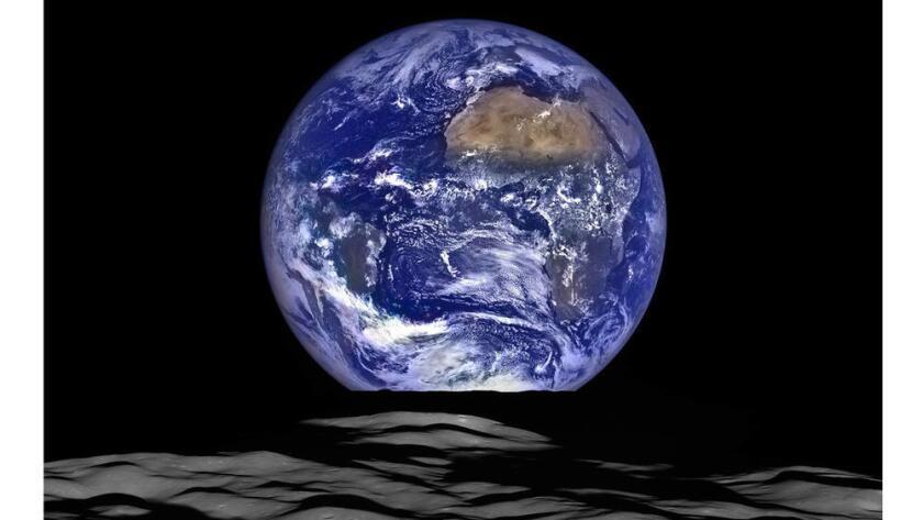 Foto de archivo. El planeta Tierra visto desde el espacio