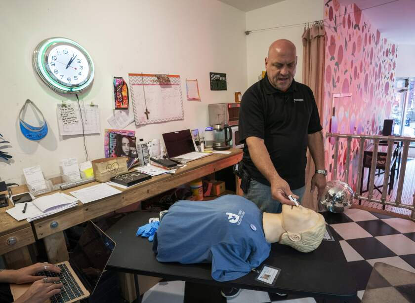 Elvis Rosado, with Prevention Point Philadelphia, teaches a course in the use of Naloxone.