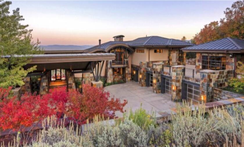 Basketball legend Michael Jordan lists modern Utah retreat for $7.5 million