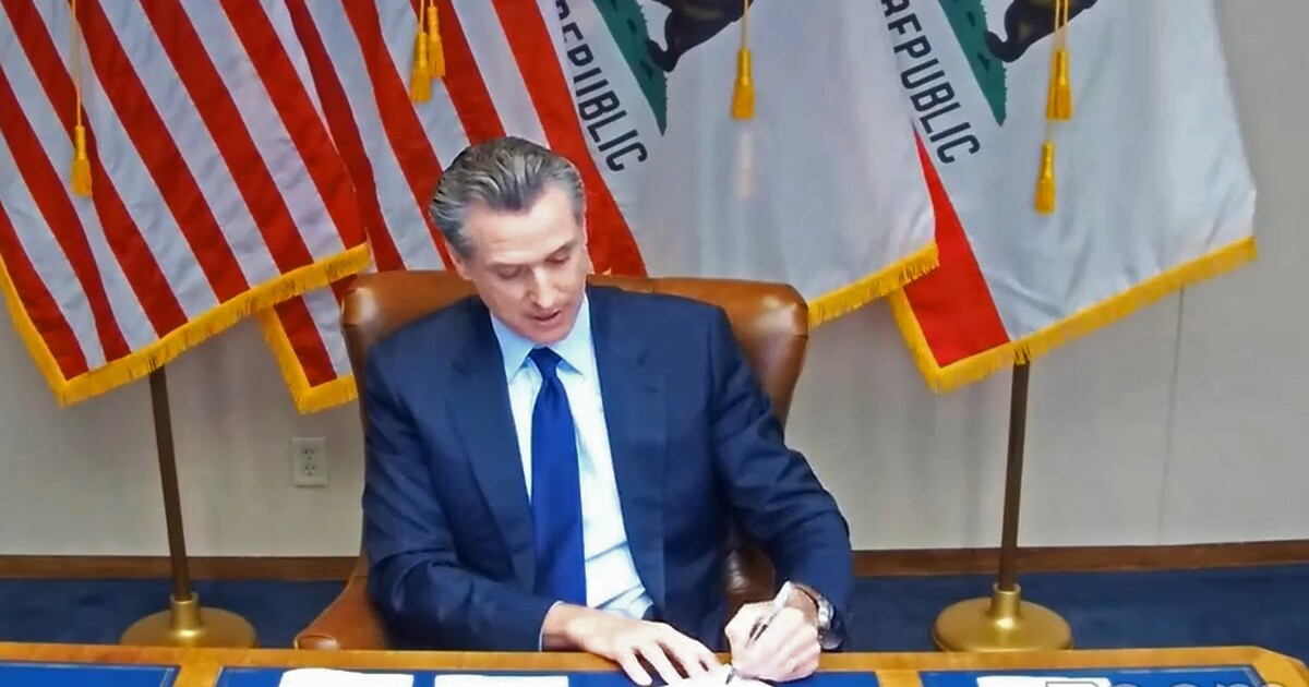 Gov. Newsom signs law to expand mental health coverage in California