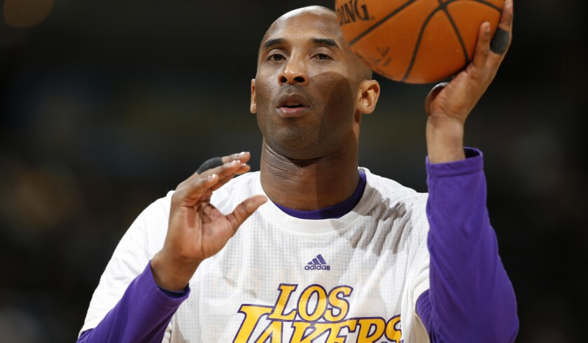 Kobe Bryant unable to finish game against Denver because of shoulder injury