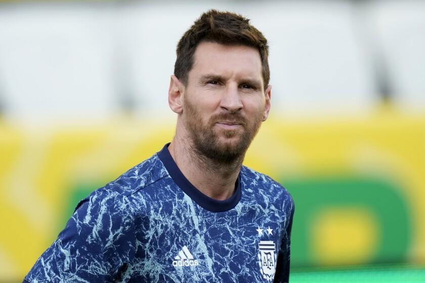 El delantero argentino Lionel Messi previo al partido contra Brasil por las eliminatorias de la Copa Mundial