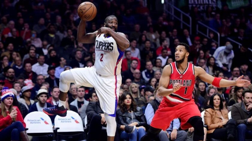 Raymond Felton is liftig the Clippers with relentless defense