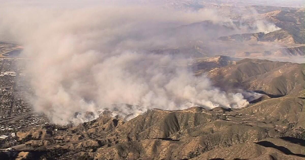 LAUSD membuat banyak Valley sekolah terbuka selama kebakaran, berpose masalah bagi beberapa guru dan orang tua