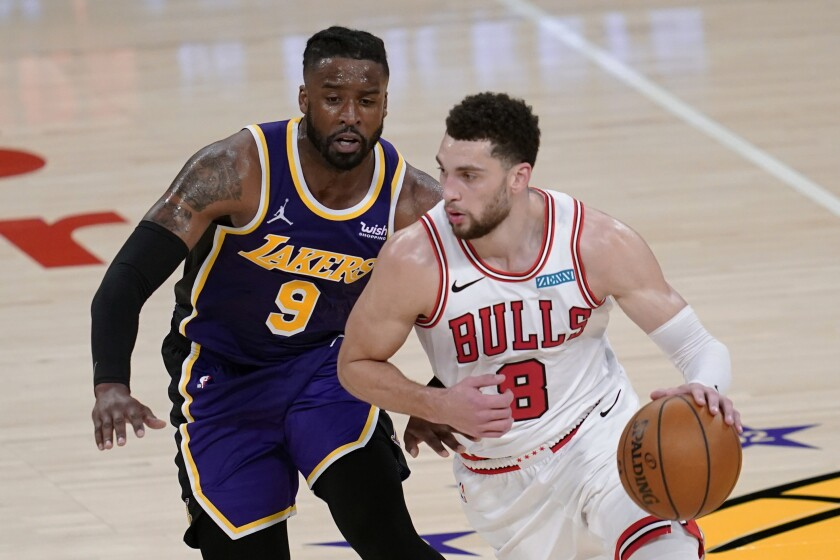 The Lakers' Wesley Matthews defends the Chicago Bulls' Zach LaVine during the second quarter Jan. 8, 2021.