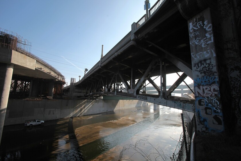 Figueroa-Riverside bridge