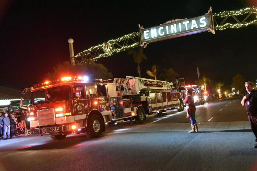 Encinitas holiday parade photo.jpg