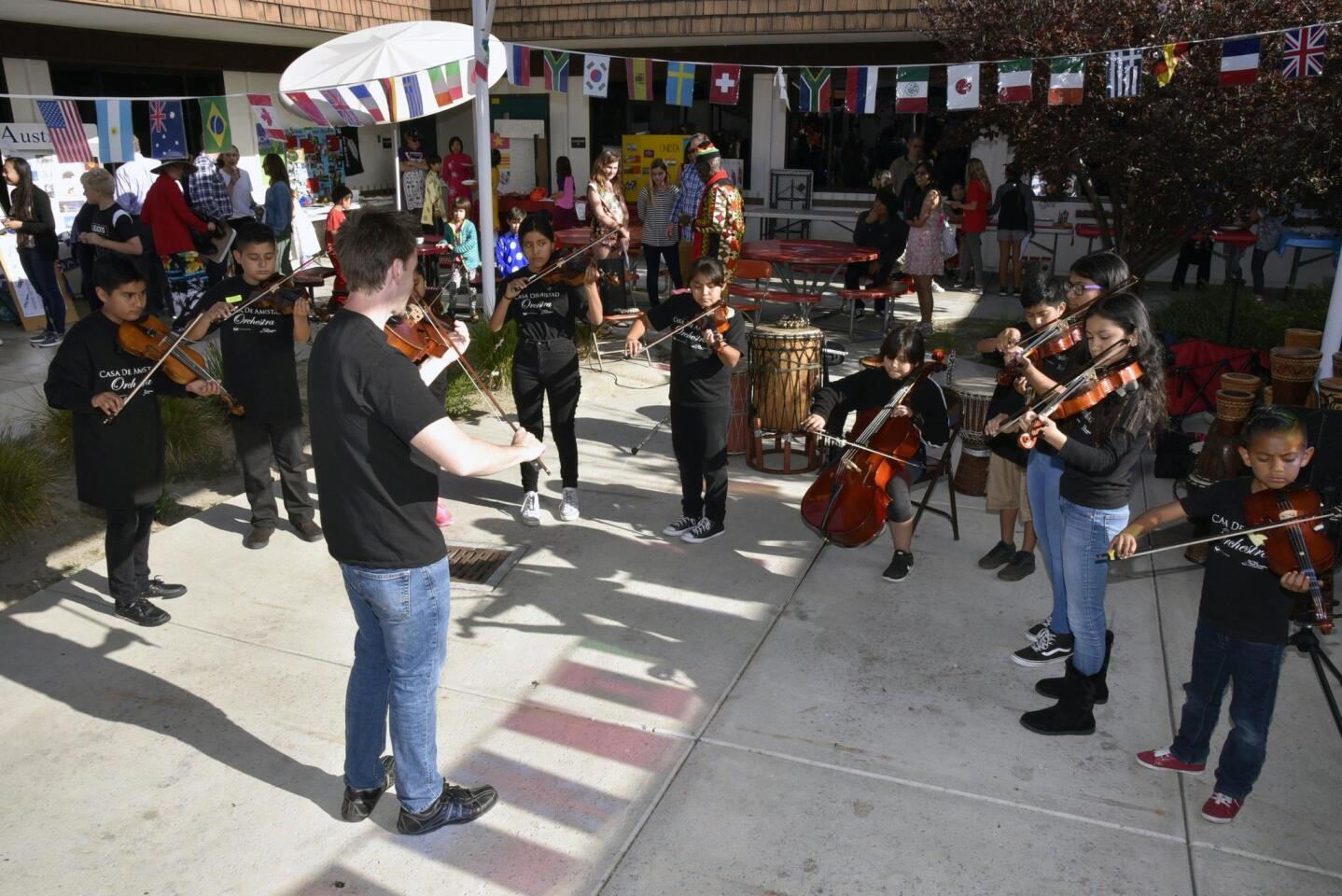 The Casa de Amistad Orchestra performed