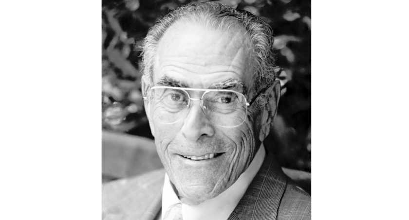 Herb Hyman, who with his wife Mona founded the Coffee Bean & Tea Leaf chain in the 1960s, has died. He was 82.