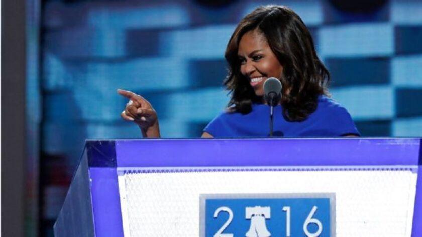 La primera dama de Estados Unidos lanzó un par de dardos a Donald Trump sin mencionarlo.
