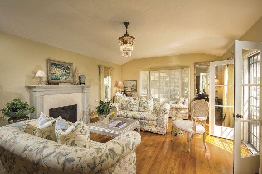 1224-Virginia-Way-Livingroom
