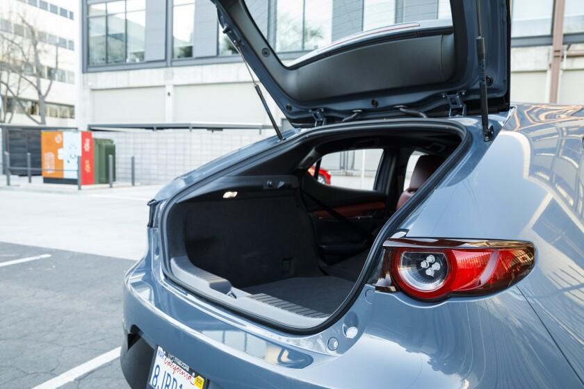 -Mazda3-Trunk.jpg