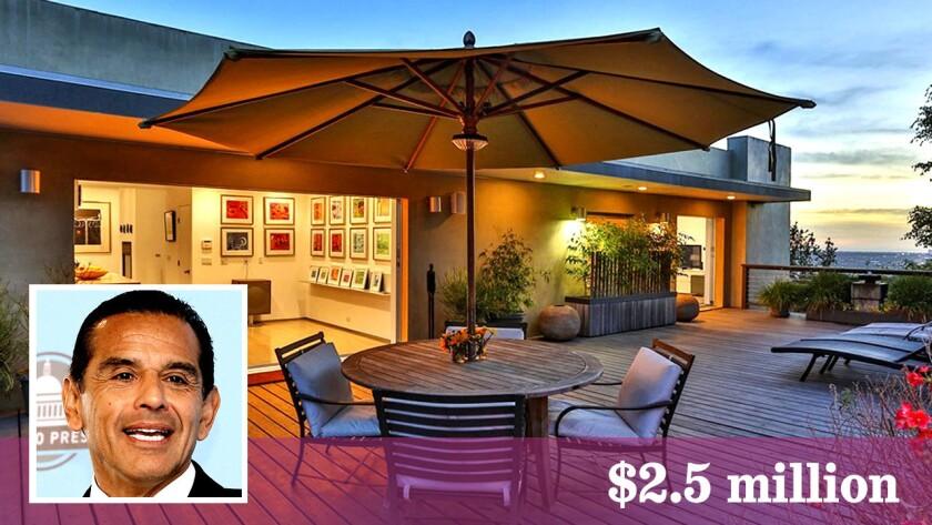 Former Los Angeles mayor Antonio Villaraigosa has bought a house in Hollywood Hills for $2.5 million.