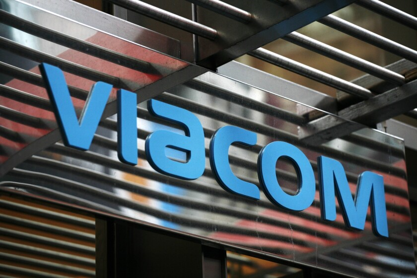 Time Warner Cable and DirecTV support Cablevison in Viacom fight
