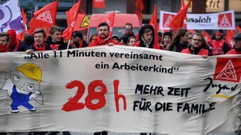 Semanas laborales de 28 horas. Así fue la gran victoria obtenida por los trabajadores industriales en el sudoeste de Alemania como parte de un acuerdo que podría beneficiar a millones de empleados en todo el país.