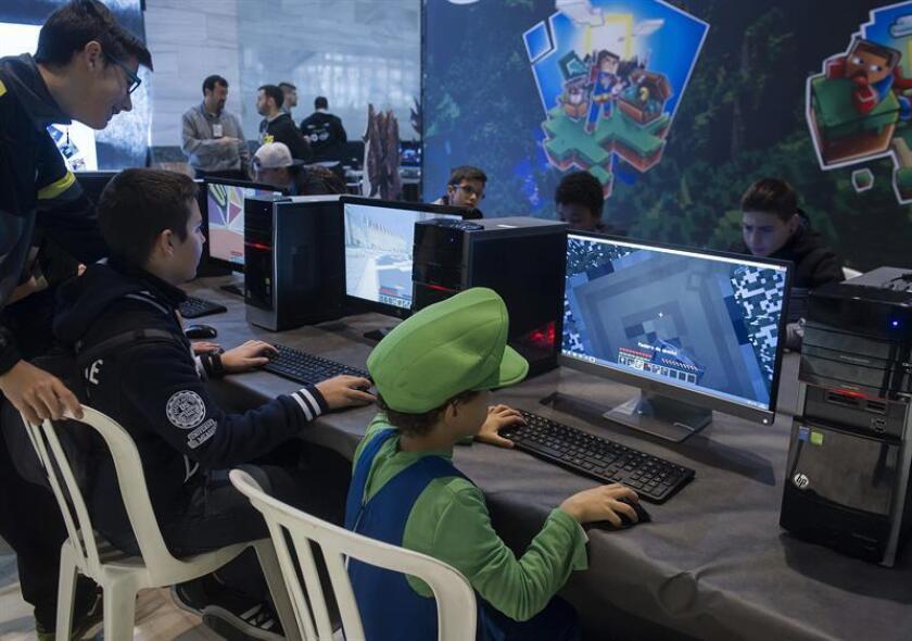 Especialista advierte de daños en la salud por adicción a los videojuegos