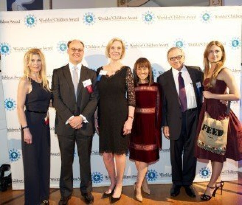Honorees Susie Krabacher and C. Mead Welles, Co-Founder Kay Leibowitz, Alina Cho, Co-Founder Harry Leibowitz, Honoree Lauren Bush Lauren