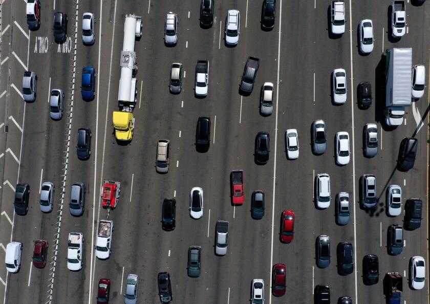 Autos en una carretera