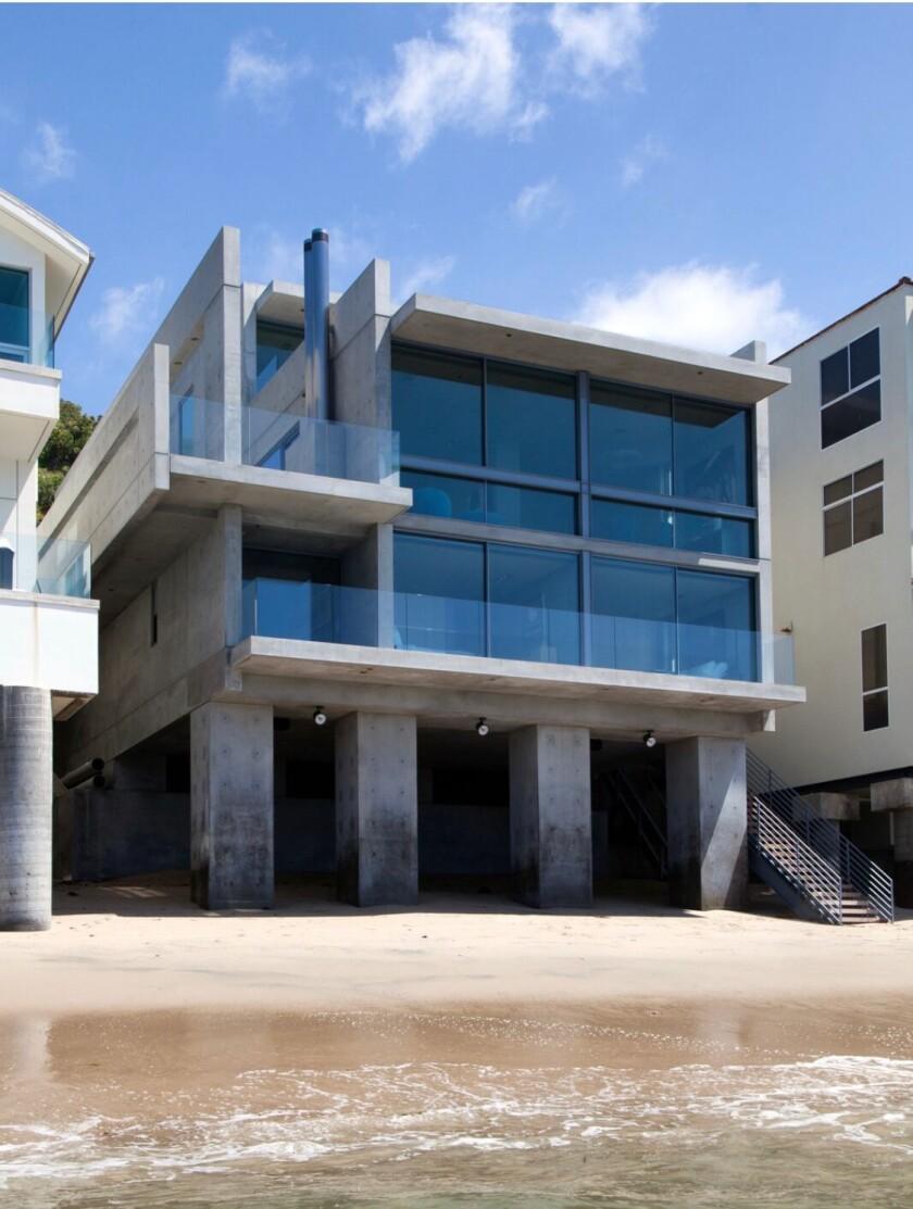 Malibu home designed by Tadao Ando