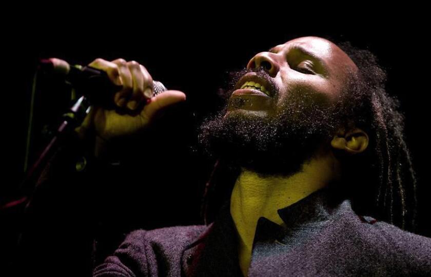El cantante jamaiquino Ziggy Marley, hijo del legendario músico Bob Marley. EFE/SOLO USO EDITORIAL