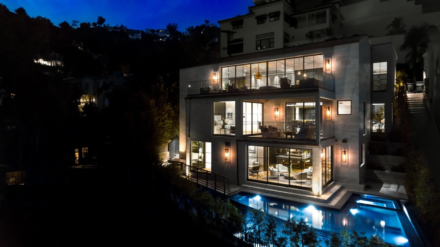 Jeff Lewis' latest project in the Hollywood Hills | Hot Property