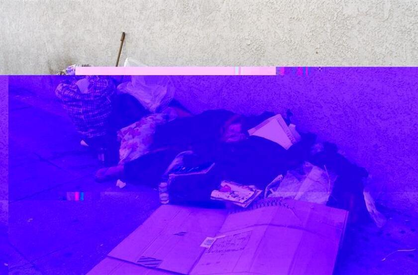 Las principales organizaciones sociales de Denver expresaron hoy su respaldo a una nueva ordenanza local que prohíbe a la Policía quitar las mantas o cobijas a los desamparados que duermen en las calles de la capital de Colorado. EFE/ARCHIVO