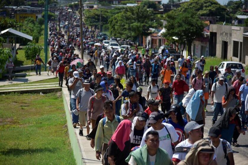 Migrantes hondureños caminan hacia la ciudad de Tapachula, trayecto obligado rumbo a su objetivo, Estados Unidos. EFE/Archivo