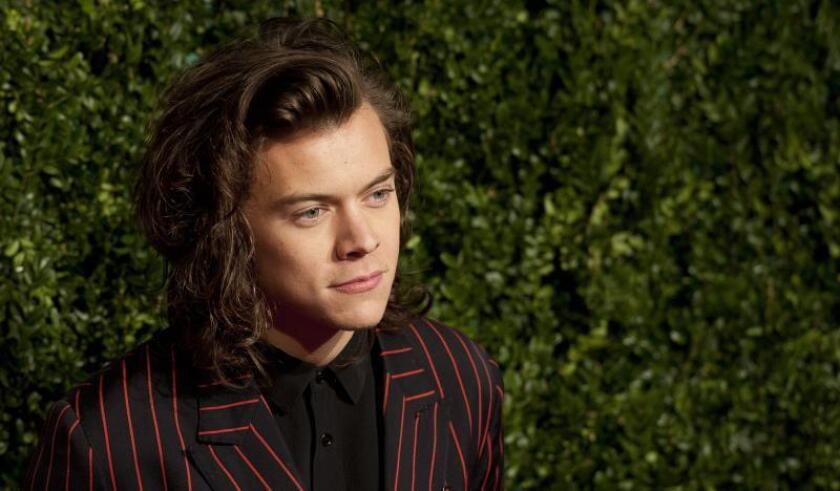 """Harry Styles negocia interpretar al príncipe Eric en """"The Little Mermaid"""""""