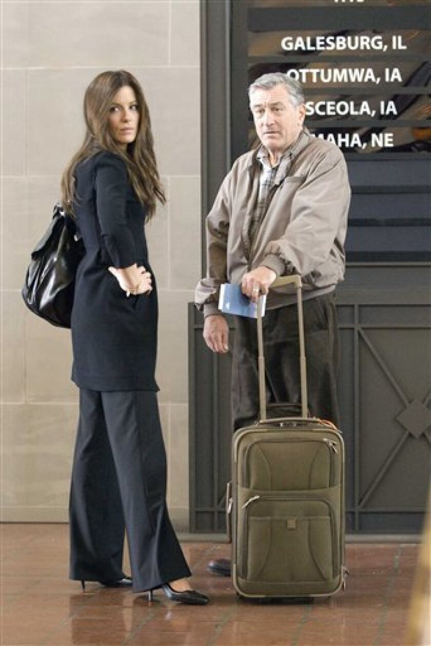 """In this film publicity image released by Miramax Film Corp., Robert De Niro, right, and Kate Beckinsale are shown in a scene from """"Everybody's Fine."""" (AP Photo/Miramax Film Corp., Abbot Genser)"""