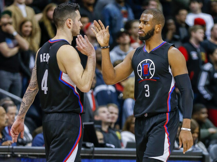 Clippers force 23 turnovers to beat Hawks, 85-83