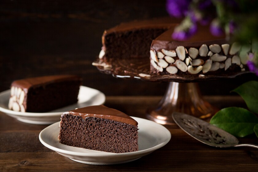 This chocolate almond quinoa torte is flourless and uses no white sugar, making it a diabetic-friendly, low glycemic treat.