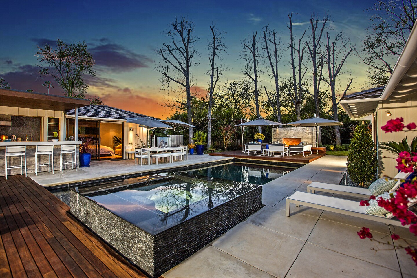 Home of the Week | A Midcentury outlier in San Marino