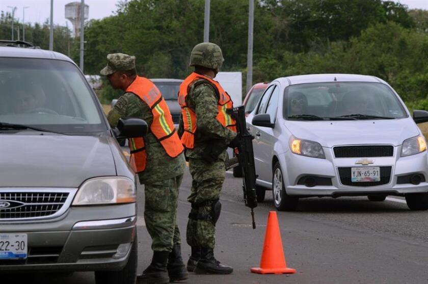 El 76,8 % de los mexicanos tienen la percepción de que vivir en sus ciudades es inseguro, según la Encuesta Nacional de Seguridad Pública Urbana divulgada hoy por el Instituto Nacional de Estadística y Geografía (Inegi). EFE/ARCHIVO