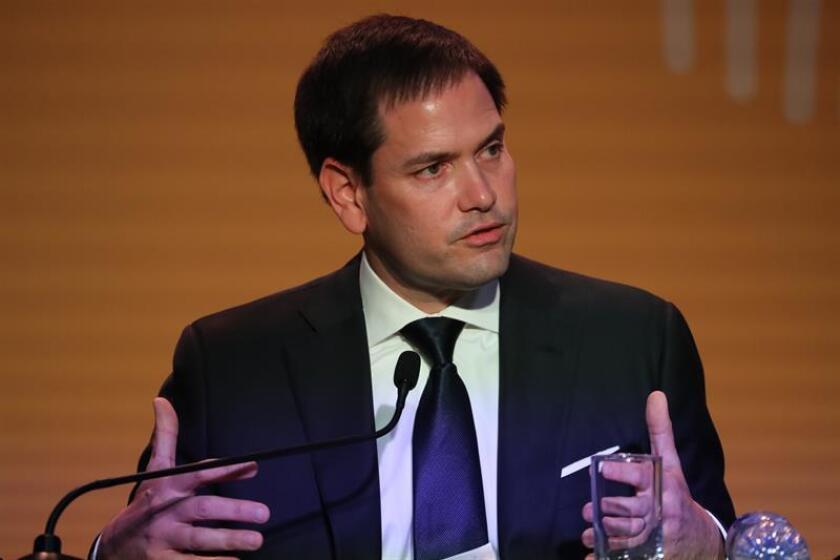 El senador estadounidense Marco Rubio ofrece una rueda de prensa, el sábado 14 de abril de 2018, durante la VIII Cumbre de las Américas, en Lima (Perú). EFE/Archivo