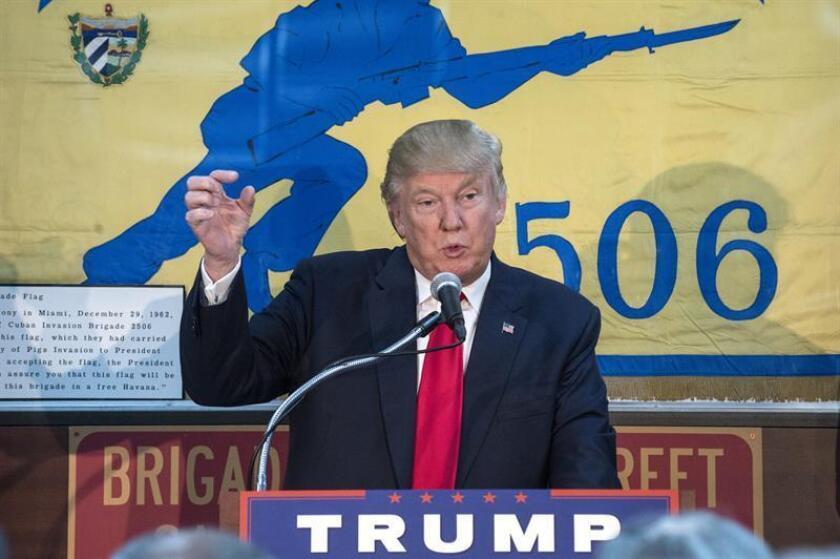 El estado de Michigan, donde el escrutinio de las elecciones del 8 de noviembre se había alargado debido al corto margen entre los candidatos, certificó hoy que el republicano Donald Trump fue el ganador por algo más de 10.000 votos de ventaja sobre la demócrata Hillary Clinton. EFE/ARCHIVO