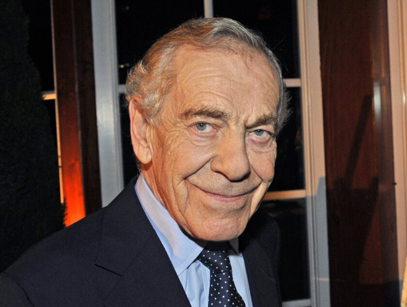"""60 Minutes"" correspondent Morley Safer during the program's 40th anniversary celebration in New York on Oct. 6, 2008."