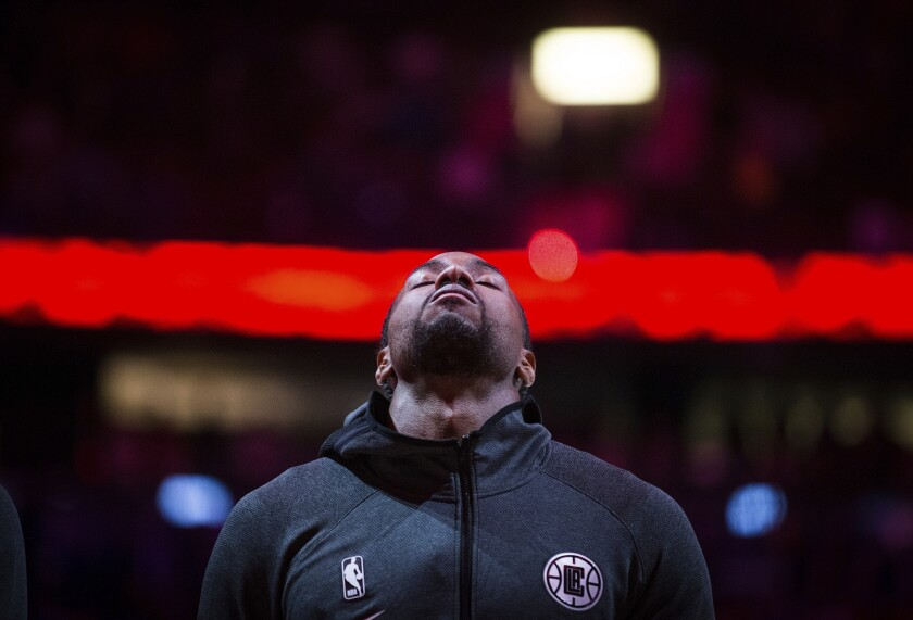 APphoto_Mavericks Clippers Basketball