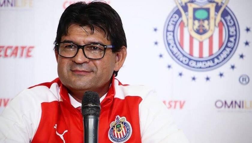 José Saturnino Cardozo, ex goleador paraguayo, en su presentación como estratega de las Chivas.