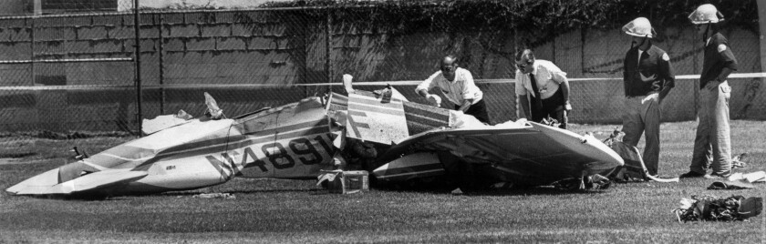 Aug. 31, 1986: Wreckage from the small plane that collided with Aeromexico Flight 498.